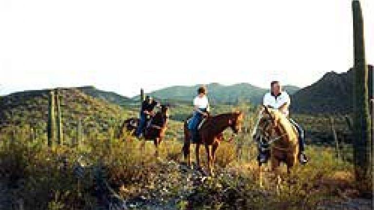 Cocoraque Ranch & Pavillion - trailride
