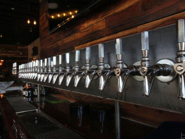 Growler's in Marana to tap into area's craft beer craze